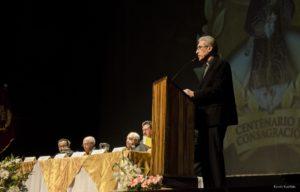 Palabras de bienvenida a cargo del Reverendo Padre Gustavo Parades, nuestro Cura Párroco.